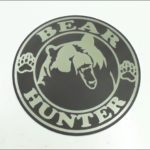 Наклейка шильда на авто bear hunter